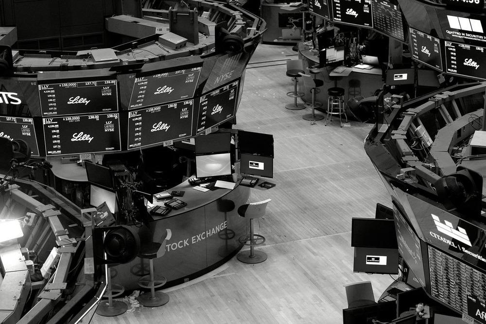 米株市場の閉鎖あるか