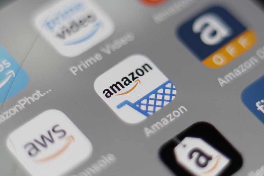 売り上げ過去最高のアマゾン株が急伸
